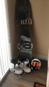 Brand new Burton Snowboard full setup with boots and goggles
