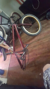 Haro 2.0 bmx mostly haro few norco parts just needs a back rim