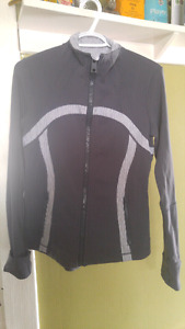 Lululemon Sweater Immaculate Condition