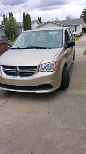 Dodge caravan SE only 12000 KM