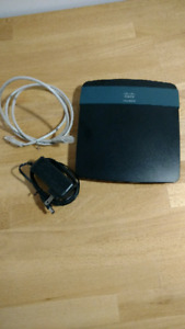 Linksys EA2700 router