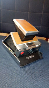Vintage Polaroid SX-70 Land Camera!  A cool piece of history!