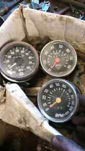 Speedometer and Tach Moto ski and ski doo