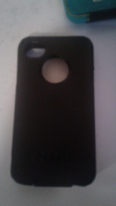 IPhone 4/4s otter box with 2 chargers