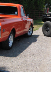 1970 Chevy C 10   Pick up truck