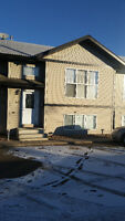 For rent in Camrose, Pristine 3 bedroom townhouse
