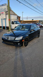 *** MERCEDES-BENZ C 300 *** NAVIGATION *** 4 MATIC ***