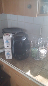 Tassimo with disc holder and extra disc