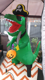 Brand New Boxed 7ft Halloween Inflatable Dinosaur T-Rex Blow Up