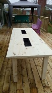 Beer cooler picnic table