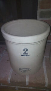 Imperial 2 Crock,, Meclalta Potteries, in very good condition