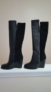 Black Michael Kors Boot with Leather and Suede