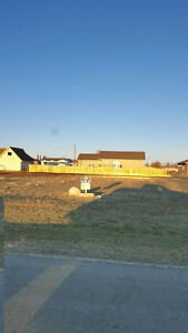 110' x 150' lot for sale in Teulon MB