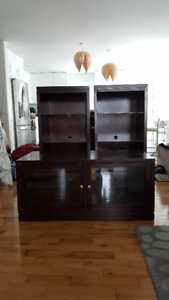 Solid Wood Entertainment Unit with Glass Shelves
