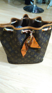 LOUIS VUITTON Petit Noe Monogram Canvas