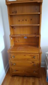 Child's pine bedroom set (Lepine)- bed,dresser/bookshelf,mirror