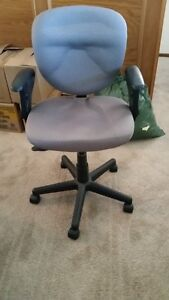 Office/desk chair and chair mat