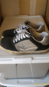 Airwalk safety shoes size 11