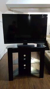 "Dynex 40"" lcd tv with stand"