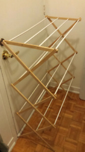 Laundry clothes drying rack and hamper
