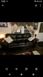 3 piece leather sofa,loveseat,and chair