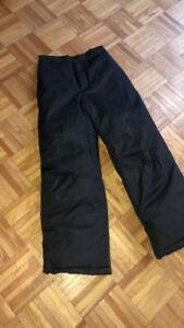 Pantalon hiver,tuque Nano gr 10ans,bottes Kamik junior gr 4