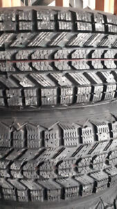 R14 195-75 WINTER TIRES W RIMS. FREE INSTALLATION.