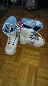 Sims Snowboard Boots - Ladies size 9