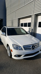 Mercedes c230 .4matic .2009. A1. comme neuf 9.500$