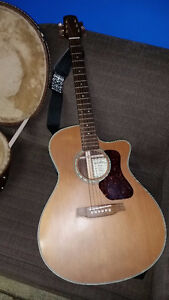 Walden Electric Accoustic guitar, excellent condition + extras!