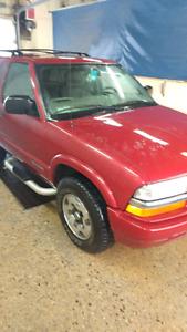2005 Chevy 4x4 Blazer $4,900 obo