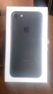 SEALED IN BOX iPhone 7 32gb unopened**$799**