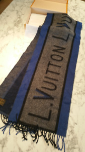 NEW & AUTHENTIC LOUIS VUITTON BLUE AND GREY MENS ARCHIVE SCARF
