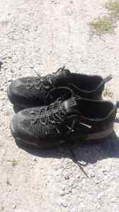 Dakota size 8.5 steel toe shoes