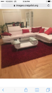 1 bedroom with private washroom