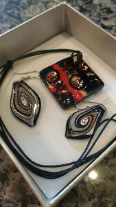 Murano glass necklace & earrings