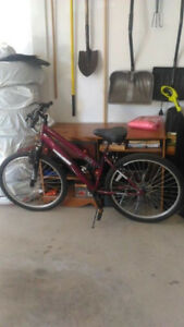 Mongoose  bike for sale excellent condition for only $99.99