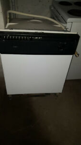 Stove and dishwasher for sale. $20 for the pair.