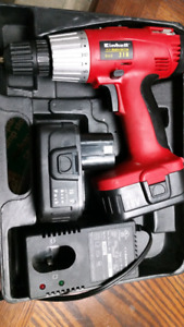 Like New 18V Drill Set  Only needed twice  Comes with Drill plus
