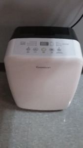 Excellent condition 28 Pints Garrison Dehumidifier