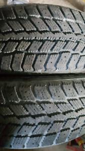2 pneus 195-65-15 hiver