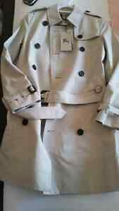 Burrberry Mid-Length Heritage Trench Coat