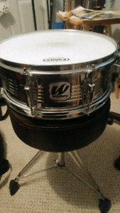 Snare drum and bass drum pedal
