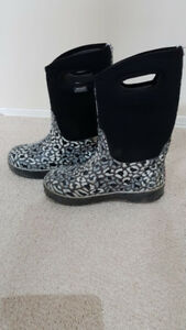 Bogs waterproof girls winter boots