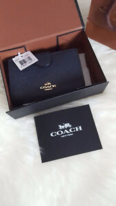 Coach Zipped Compact Wallet - New with Tags + box