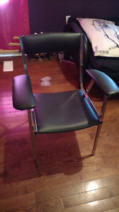 Tattoo chair for sale