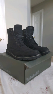 6 INCH TIMBERLAND BOOT BLACK - SIZE 12