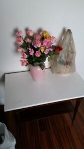 ARTIFICIAL FLOWERS IN VASE,9/10 CONDITION,$20 FOR ALL OR $3 EA