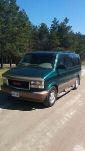 1999 GMC Safari SLT All Wheel Drive Van