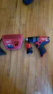 Drill Milwaukee m12 fuel